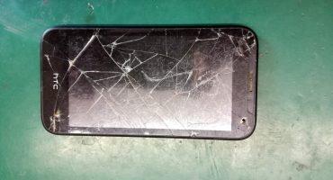 Naprawa uszkodzonego dotyku w HTC Desire 310